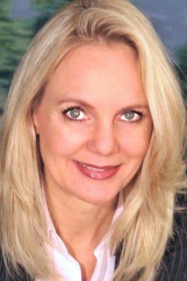 Porträt von Angelika Oelmann, CEO von First Relocating